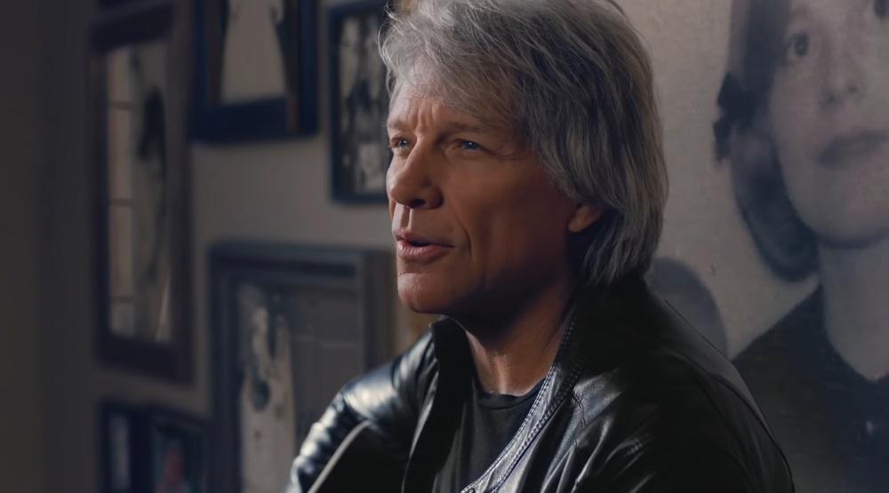 Кадр из клипа «Story Of Love»