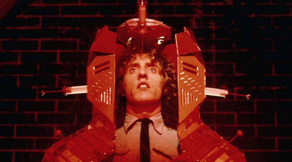 Кадр из музыкального фильма «Томми» (1975)