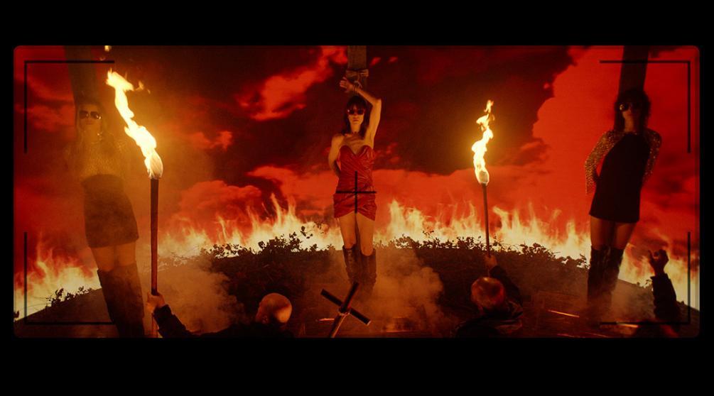 Кадр из фильма «Вечный свет» (2019)
