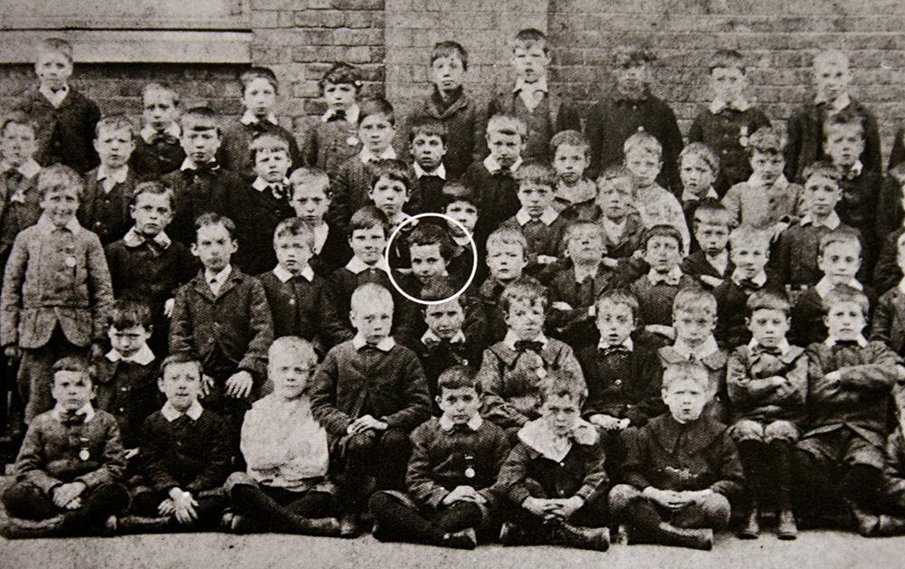 Чарли Чаплин в школе Хэнвелла, 1897 год/ Фото с сайта aanirfan.blogspot.ru