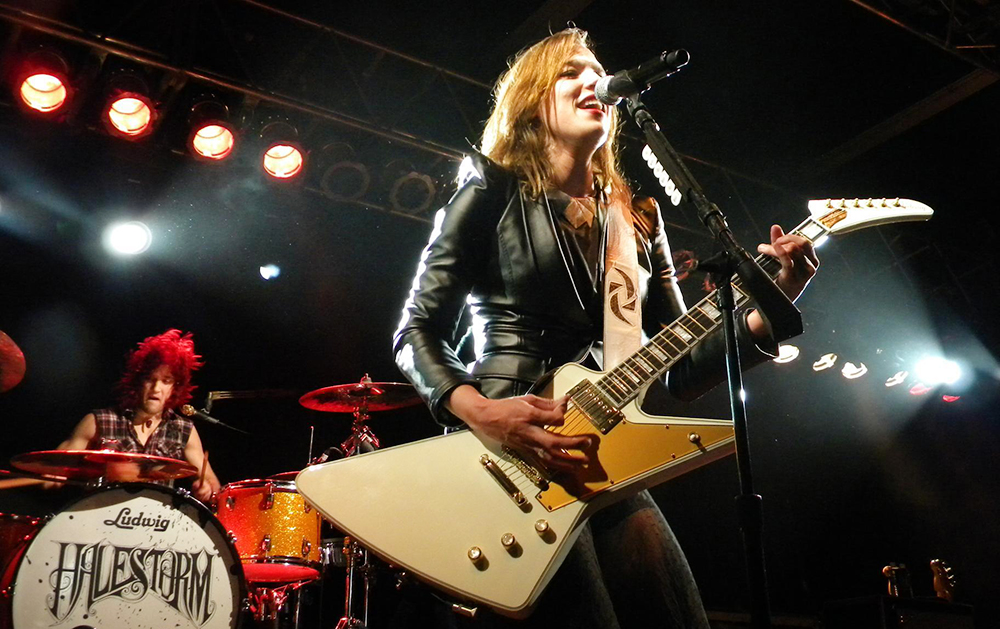 Halestorm/ Фото с сайта rockchicksrule.wordpress.com