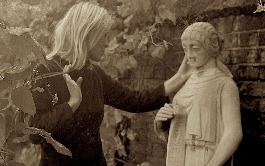 Кадр из фильма «Марианна и Леонард: Слова любви»